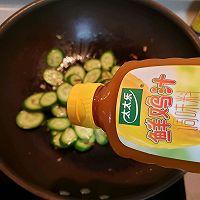 #太太乐鲜鸡汁芝麻香油#黄瓜炒鸡蛋的做法图解7