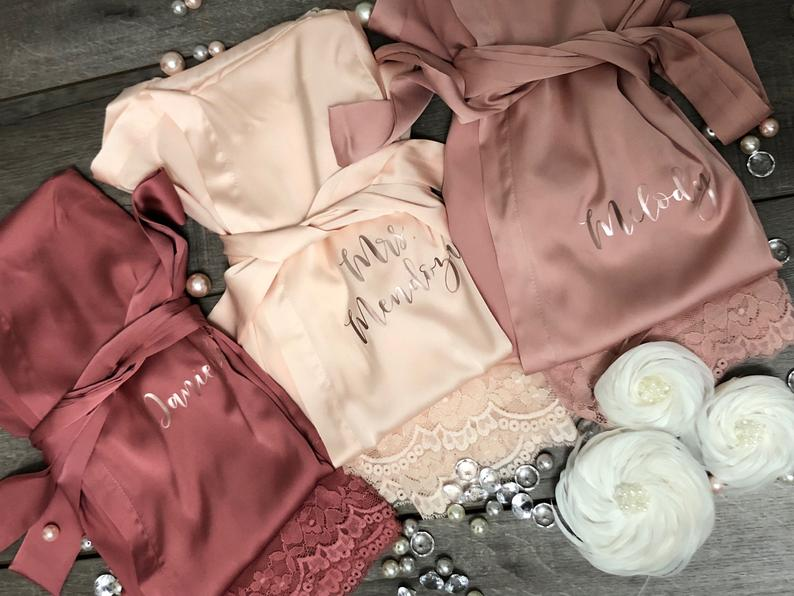 Custom Name Lace Satin Kimono Robes Personalized Wedding Bridal Party Sister Mother Of Bride Robe Bridesmaid Gift