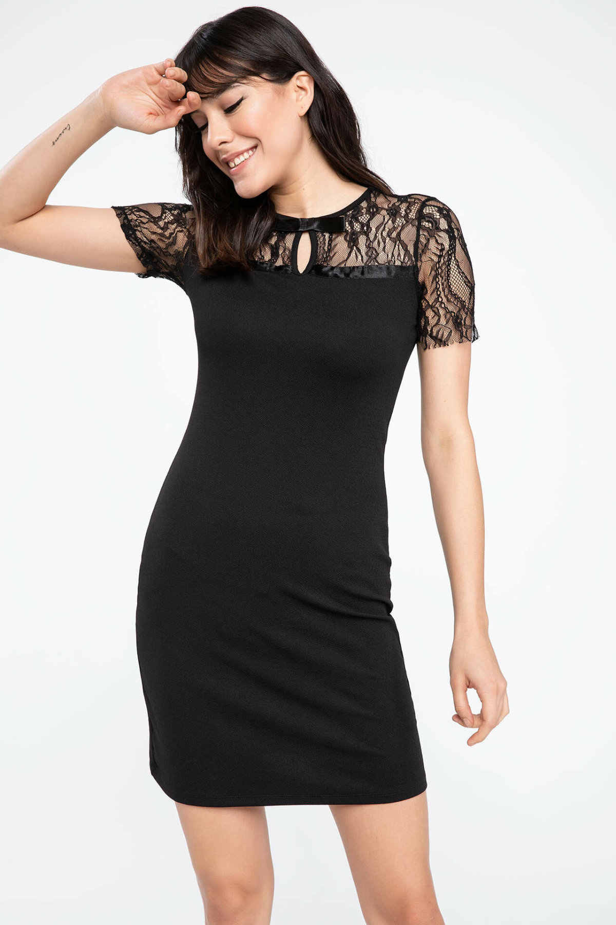 DeFacto Mode Frau Gestrickte Spitze Kurze Kleid Damen Casual
