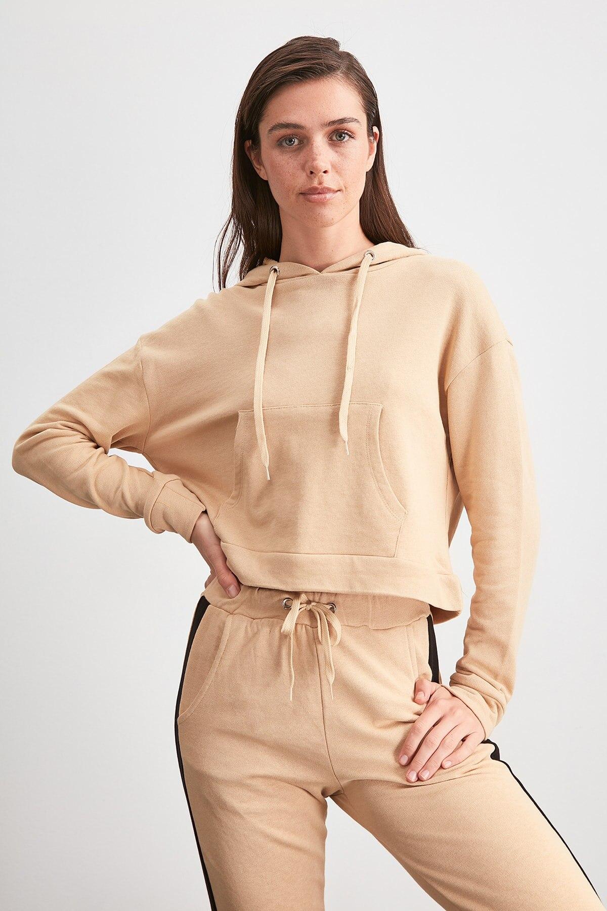 Trendyol Hooded Knitted Sweatshirt TWOAW20SW0795