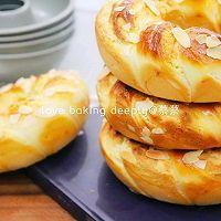 """#美食说出""""新年好""""#杏仁奶酥花环面包的做法图解20"""
