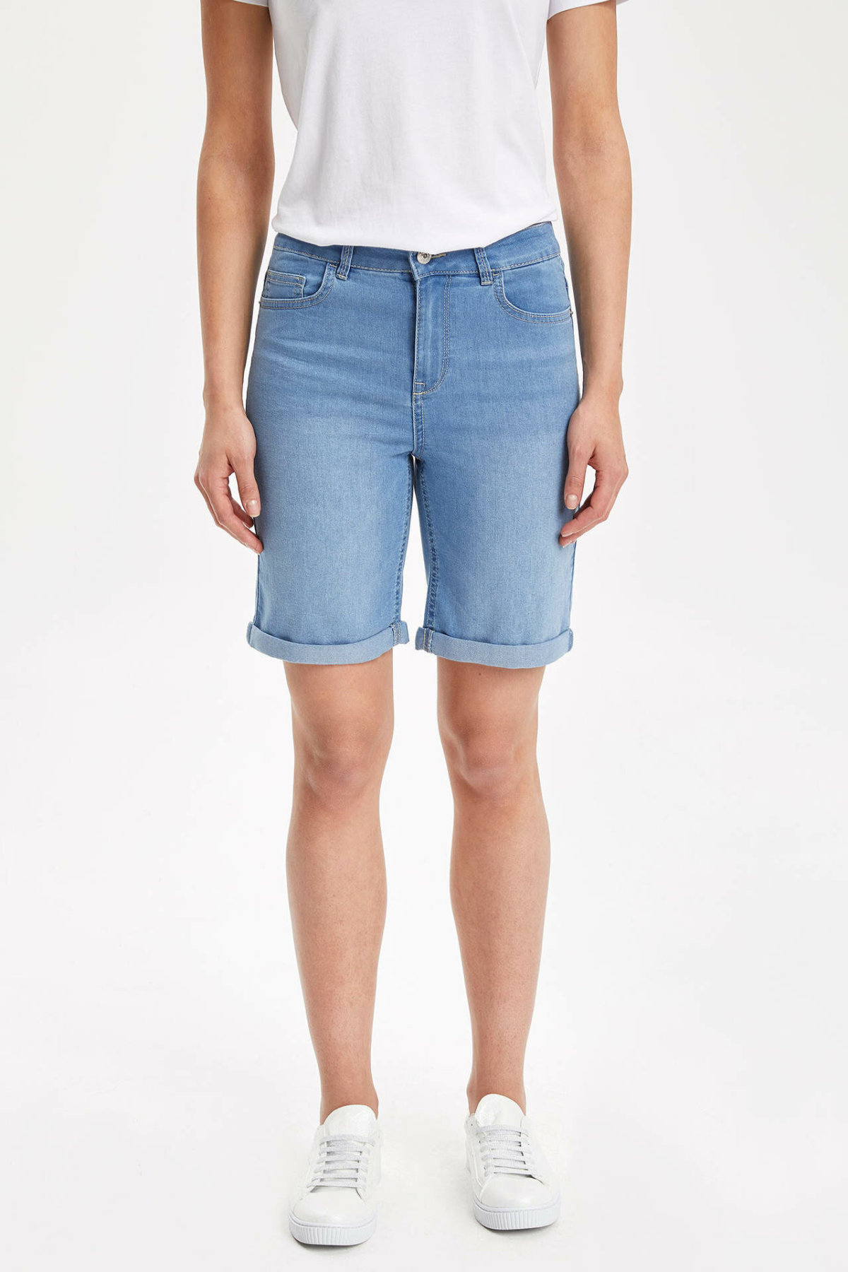 DeFacto Summer Dark Blue Skinny Denim Short Woman Mid-waist Denim Jeans Above Knees New Arrival Bermuda I7914AZ19SMNM28-I7914AZ19SM
