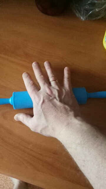 Kitchen Plastic Rolling Pin photo review