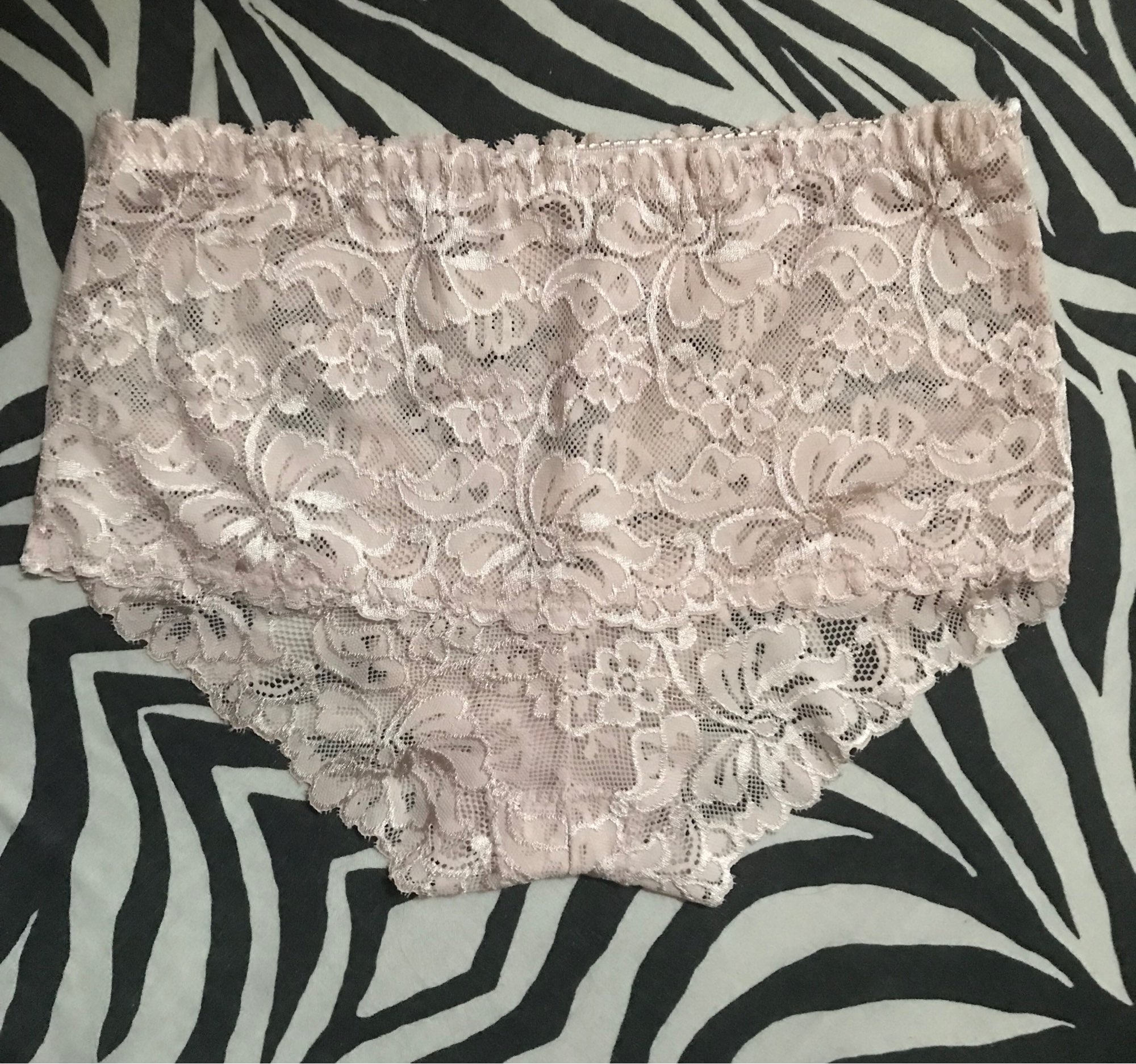 HW186 Women's Sexy Lace Underwear Briefs Female's Underpants Lingerie Woman Seamless Breathable Panties Ropa Interior Femenina photo review