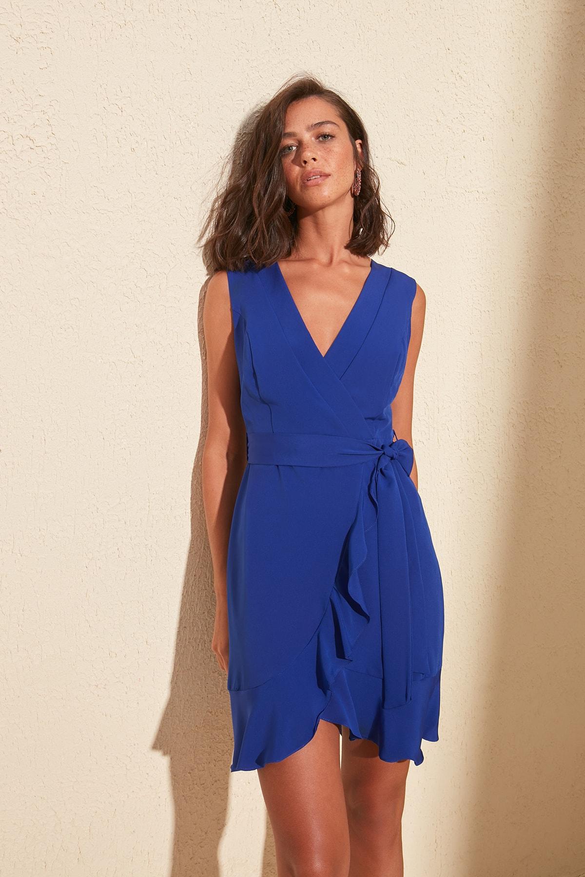 Trendyol Frilly Belted Dress TWOSS20EL0271