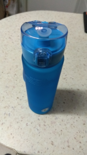 High quality Water Bottle 560ML Tour Outdoor Sport Leak Proof Seal School Water bottles for kids Tritan Drinkware BPA Free-in Water Bottles from Home & Garden on AliExpress