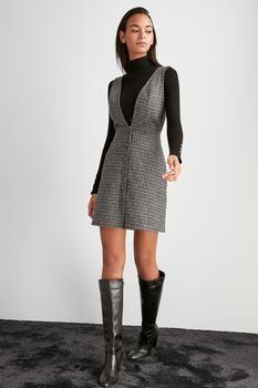 Trendyol трикотажное платье TWOAW20EL2099
