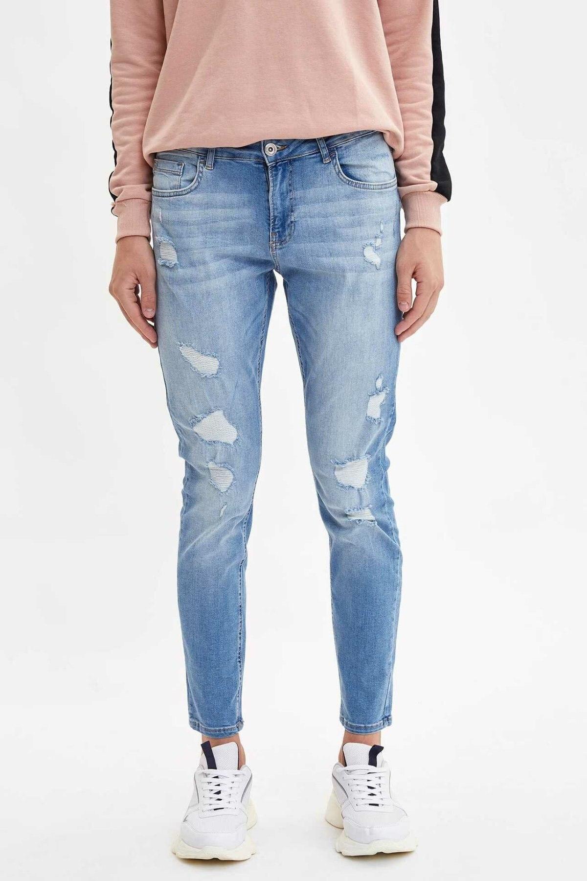 DeFacto Man Trousers-L6687AZ19AU