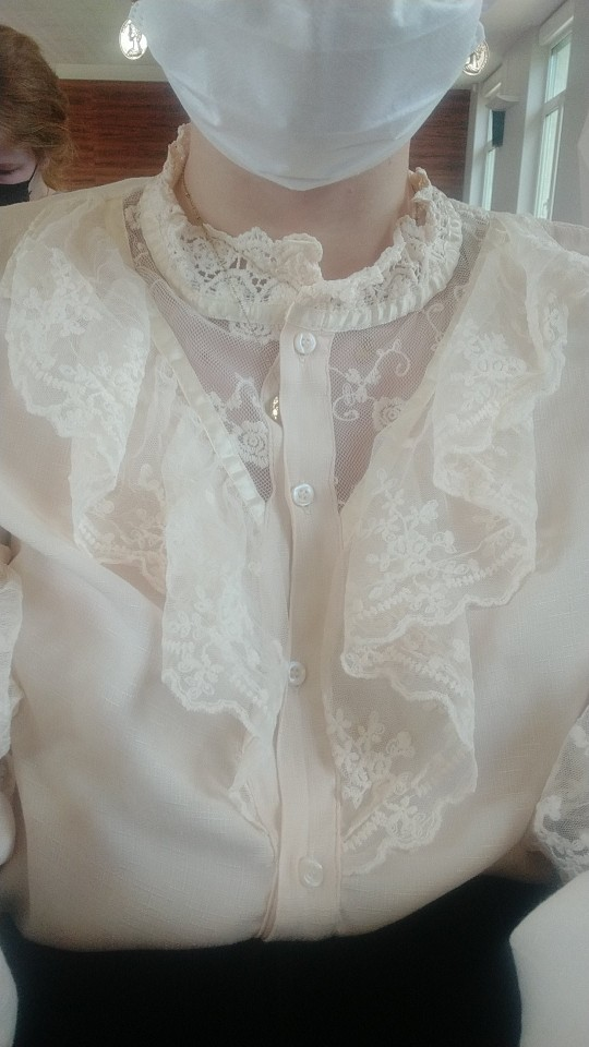 Autumn Korean Sweet Loose Clothes Lace Up Ruffled Women Blouses Fashion Stand Collat Ladies Tops Vintage Lace Shirts Women 11335 photo review