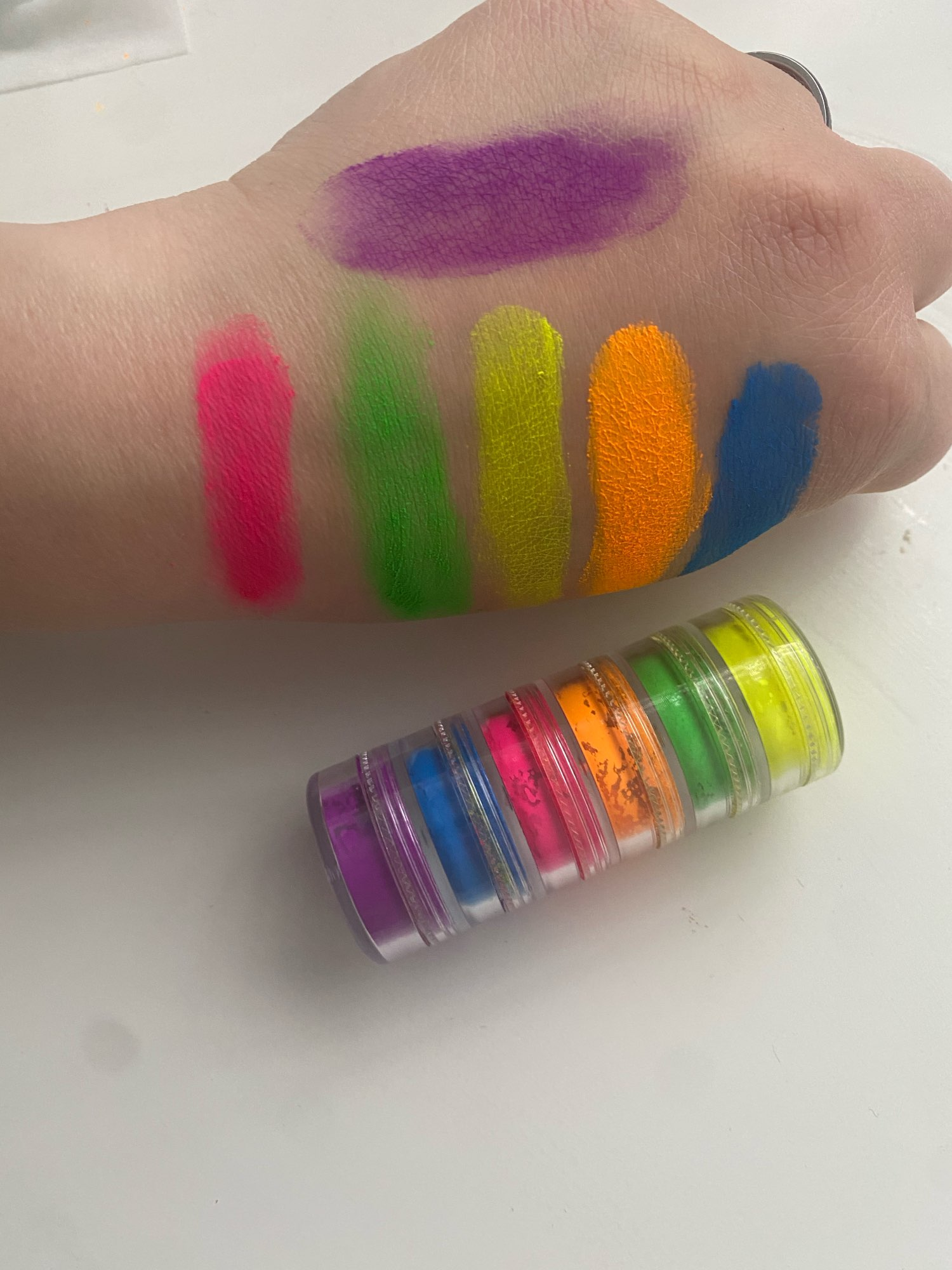 Colorful Eye Shadow Mixed Neon Powder 6 Colors Eyeshadow Nail Art Matte Glitter Easy to Wear Cosmetic Makeup TSLM1 photo review