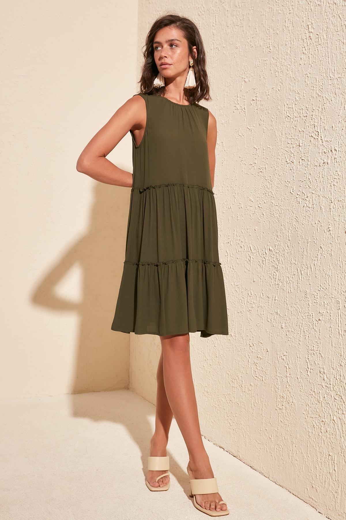 Trendyol Wide Cut Dress TWOSS20EL1765