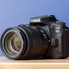 Canon EOS 90D DSLR 4K appareil photo et EF-S 18-135mm f/3.5-5.6 objectif