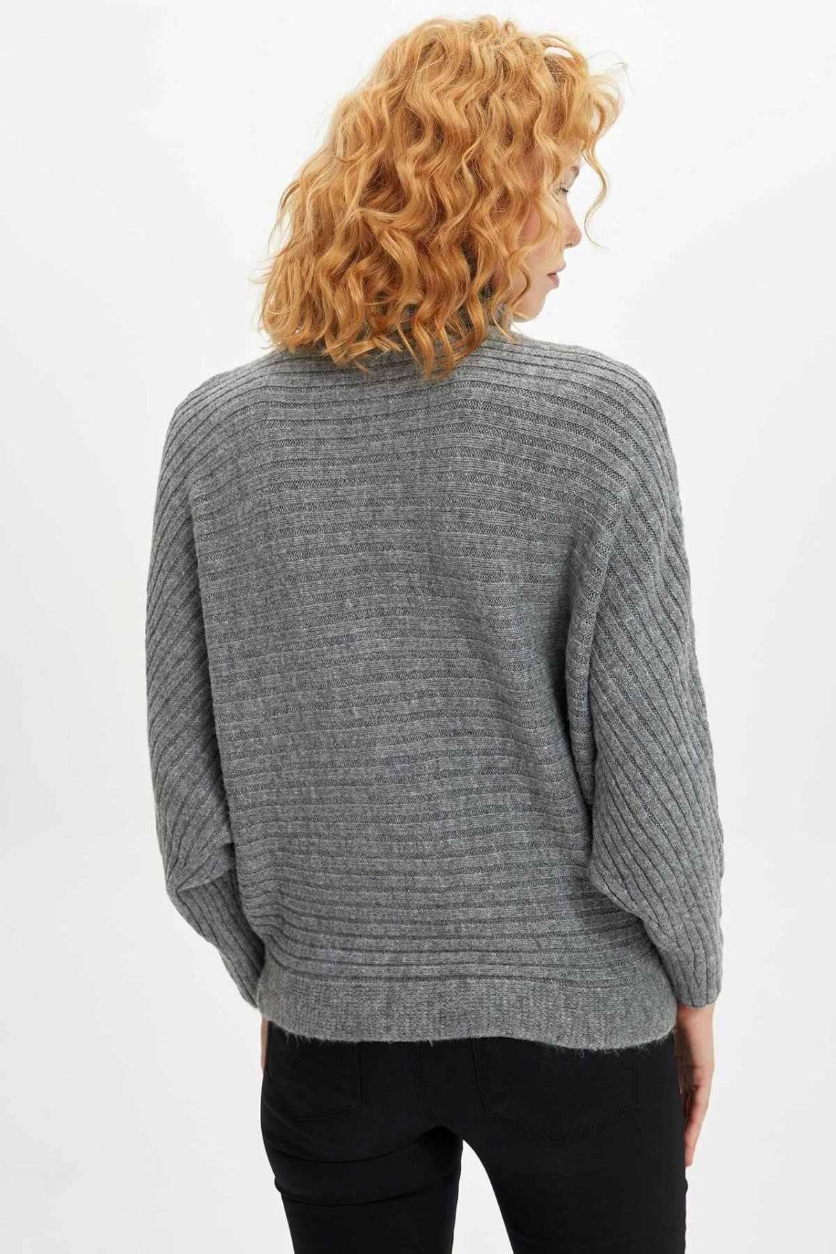 DeFacto Einfache Fashion Rollkragen Grau Gestrickt Kurze Pullover Damen Casual Lose Sweatshirt Weibliche Pullover-L0983AZ19WN