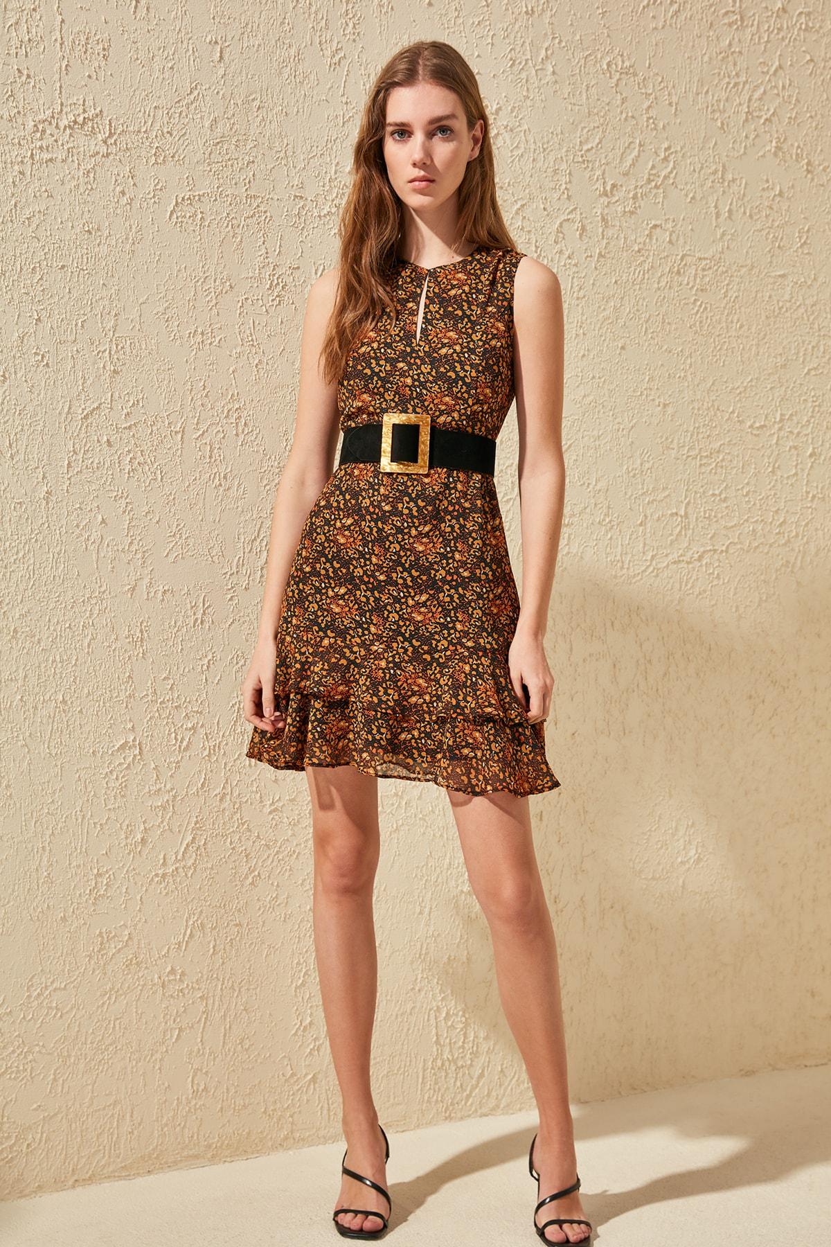 Trendyol Flounces Dress TWOSS20EL0511