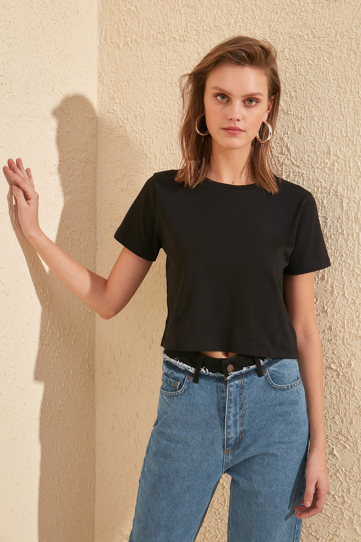 Trendyol 100 Cotton Single Jersey Cycling Neck Crop Knitted T Shirt TWOSS20TS0135